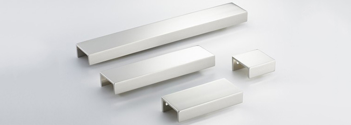 The Edgbaston kitchen cabinet hardware line from Armac Martin