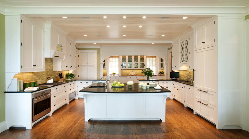 Crown Point Cabinetry Designed This Traditional Kitchen Featuring Open  Spaces And Warm, Neutral Tones.
